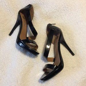 Like new!! Michael Antonio sz8 black strappy heels